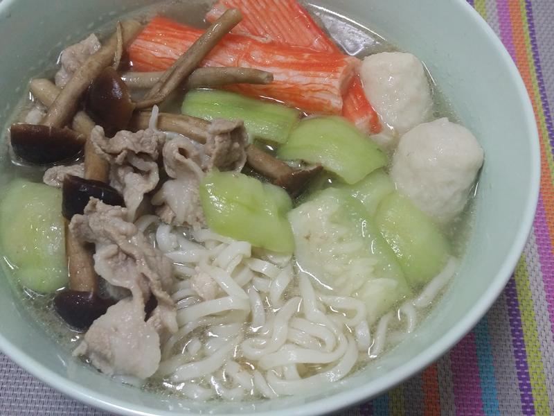 絲瓜什錦麵