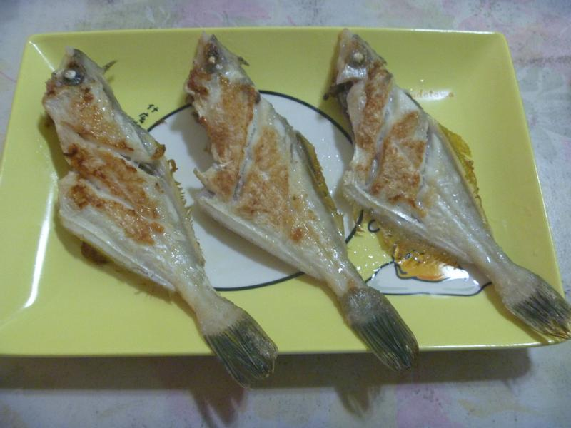 乾煎剝皮魚