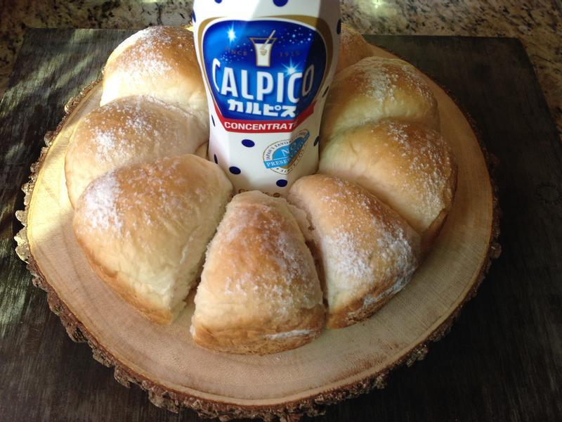 Calpico Bread可爾必思小餐包