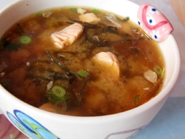 鮭魚味噌湯