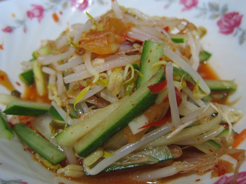 涼拌豆芽菜