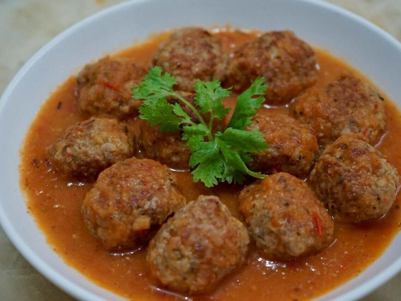 義大利肉丸伴番茄醬