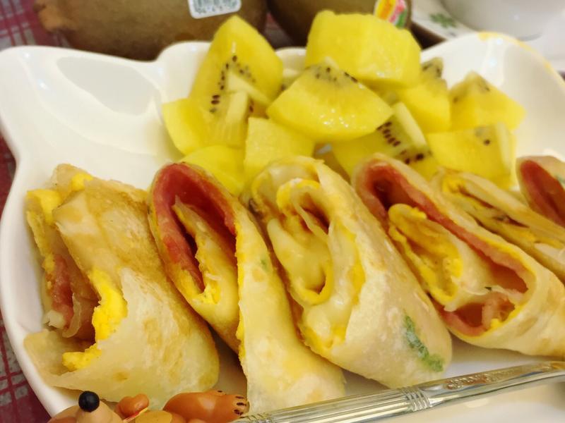 營養加倍的早餐~起士培根蛋餅(有杏鮑菇)