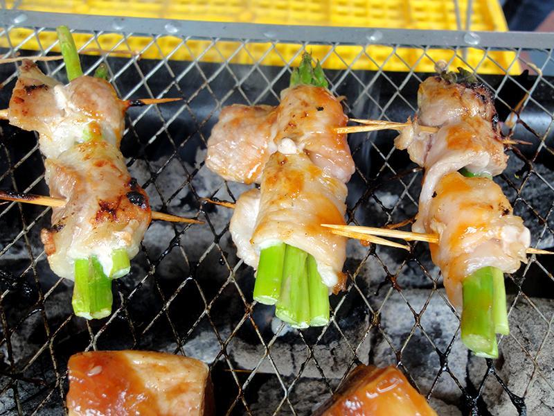 有心中秋烤肉:金膀蘆筍肉捲