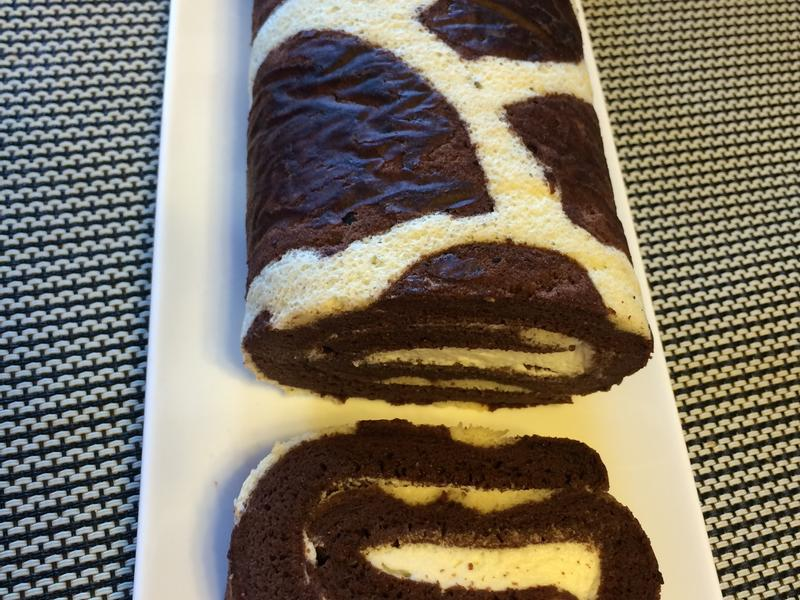 長頸鹿花紋蛋糕捲(巧克力)