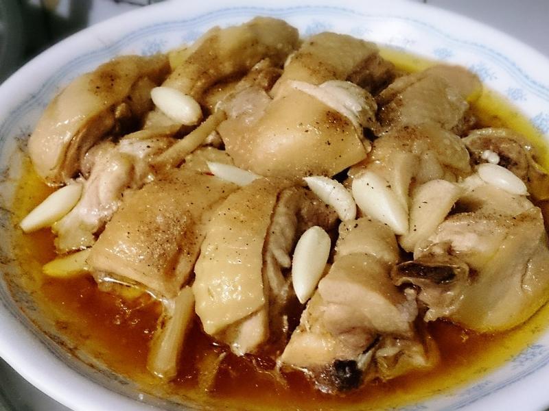 清蒸蒜頭雞