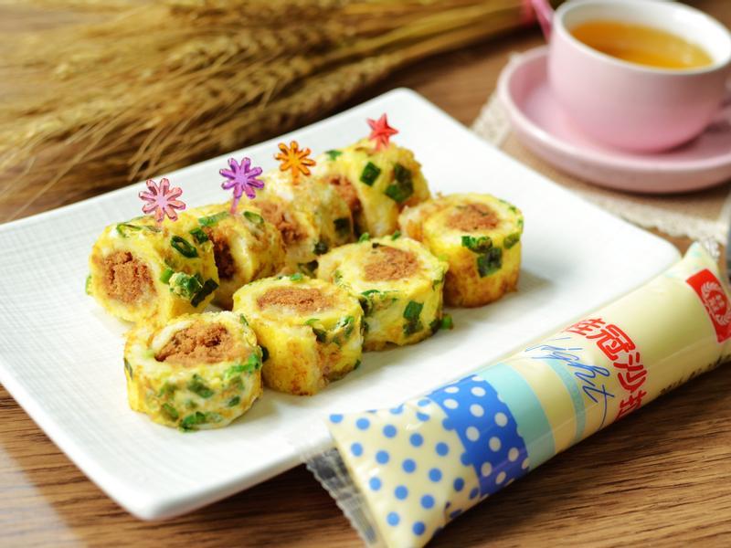 蔥味肉鬆捲【滿分早點×桂冠沙拉】