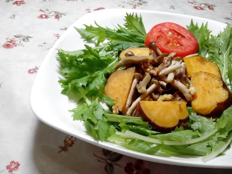 芝麻菜溫沙拉