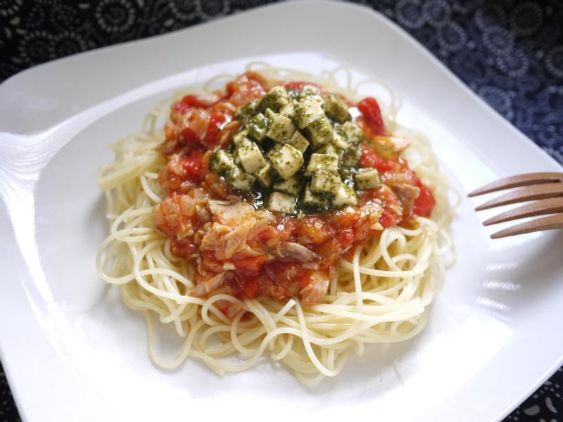 鮪魚雙醬義大利麵