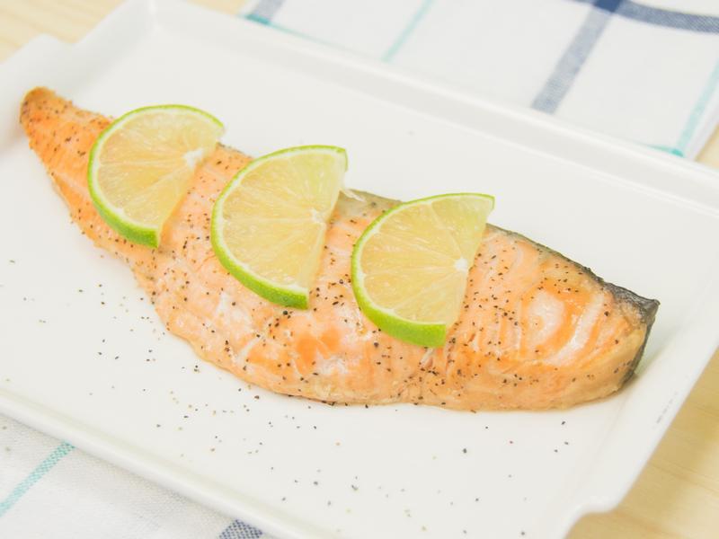 15分鐘零失敗 · 檸檬奶油烤鮭魚