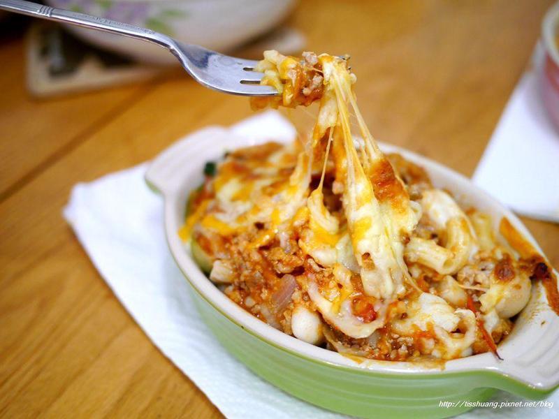蕃茄肉醬焗烤義大利麵