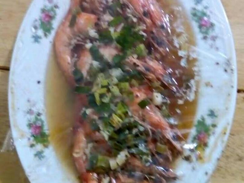 香蒜奶油蒸蝦(懶人料理)