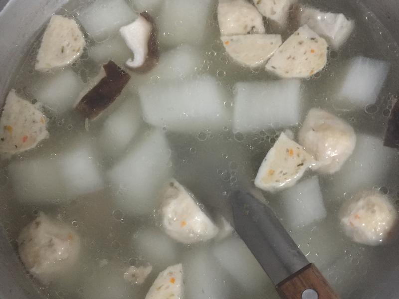白蘿蔔丸子湯
