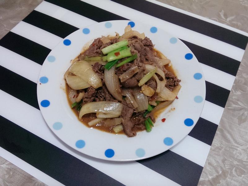 辣豆瓣味噌炒牛肉