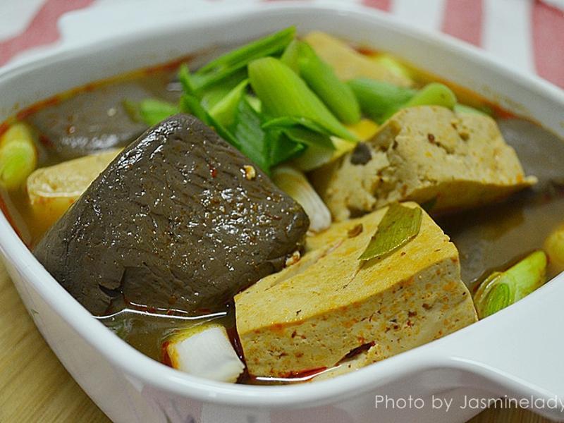 滷麻辣鴨血豆腐~簡單又便宜