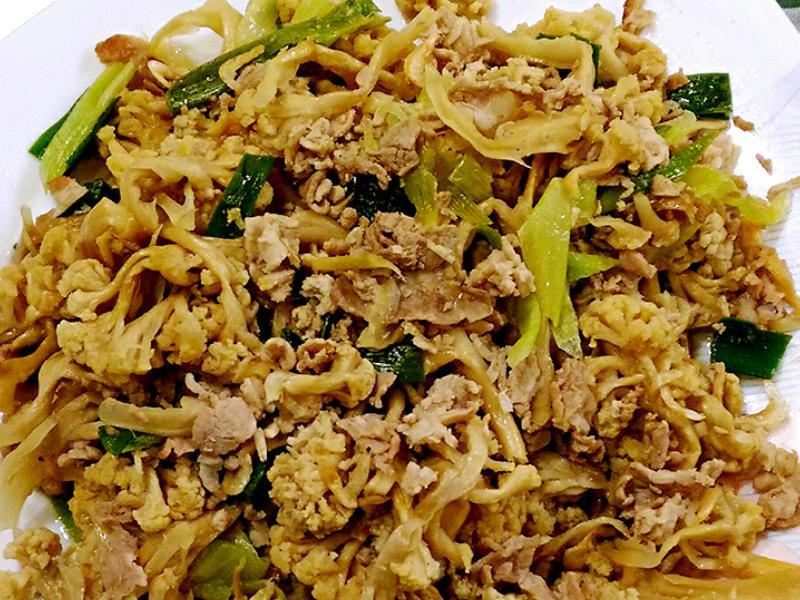 花椰菜干炒肉絲