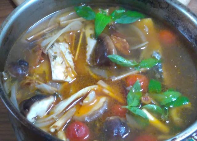 泰式酸辣烏魚湯