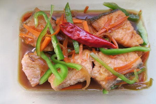 糖醋漬鮭魚,香煎鮭魚,一種作法兩種選擇!
