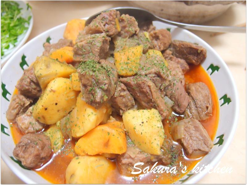 ♥我的手作料理♥ 雙色地瓜牛肉煲