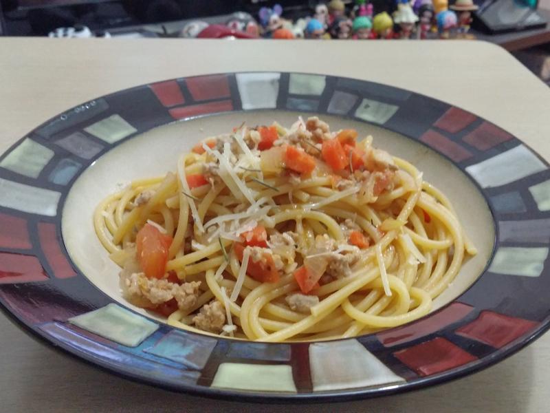 自製鮮茄肉醬燴意粉