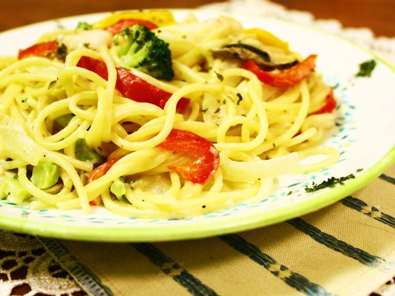 一個人的簡單料理★奶油檸香蟹肉義大利麵★