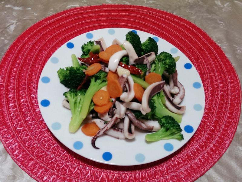 透抽清炒綠花椰菜