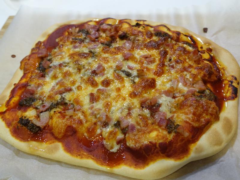 番茄培根起司口味Pizza