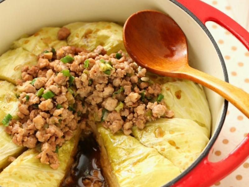 鑄鐵鍋肉末高麗菜封