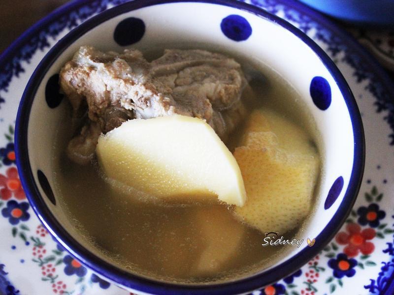 好喝不苦的大骨竹筍湯