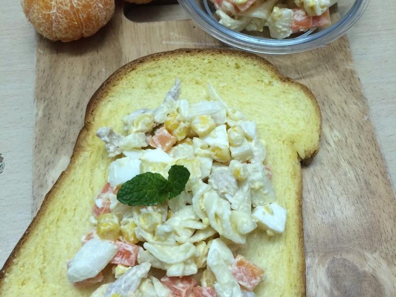 螺旋麵蛋沙拉