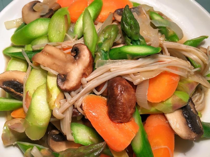 清冰箱~奶油蘆筍綜合菇(蘑菇。金針菇)