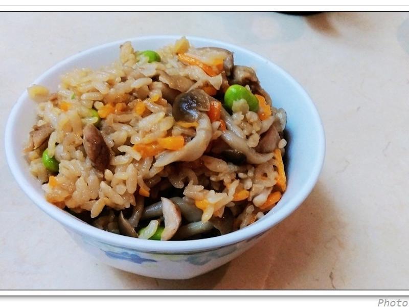 日式雞肉野菇炊飯