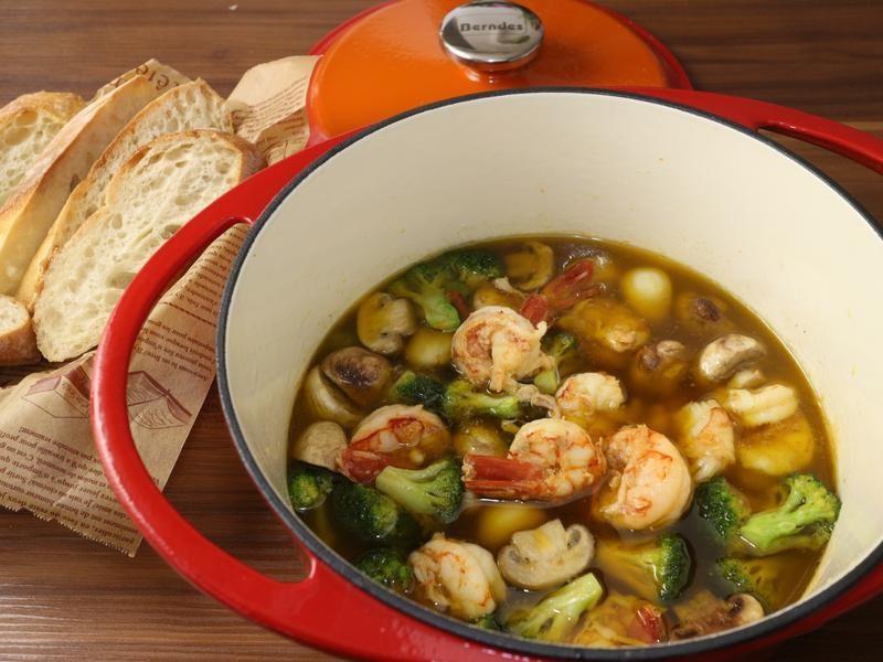 鑄鐵鍋西班牙蒜味蝦