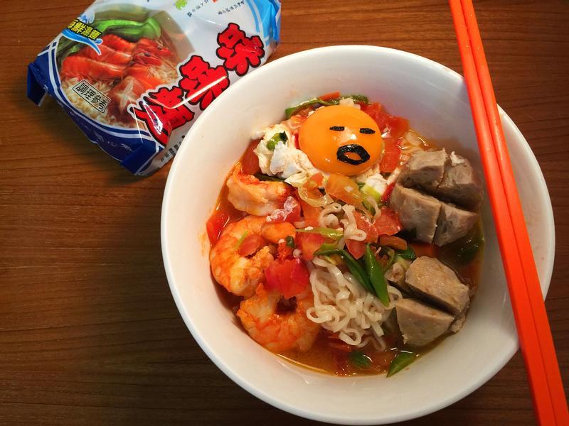 蕃滾蝦海味麵【記憶中的味味麵】