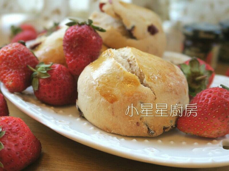 莓果煉乳司康(草莓&蔓越莓)