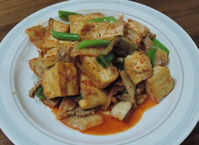 泡菜炒豆腐