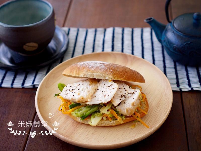 和風輕食雞肉三明治