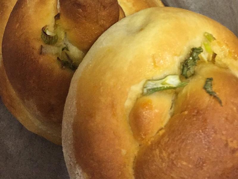#9双捲麵包- Pretzel