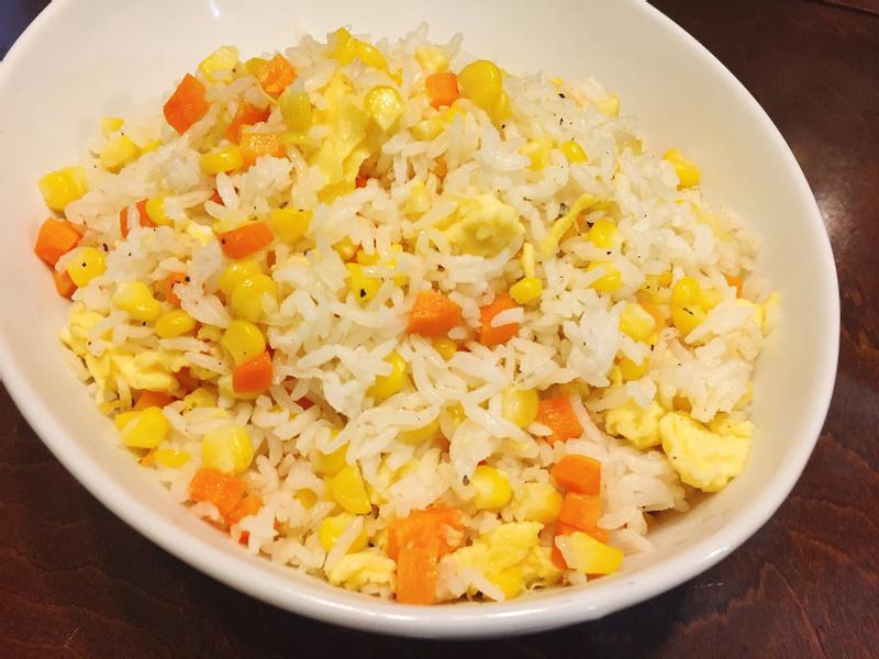 黃金玉米蛋炒飯