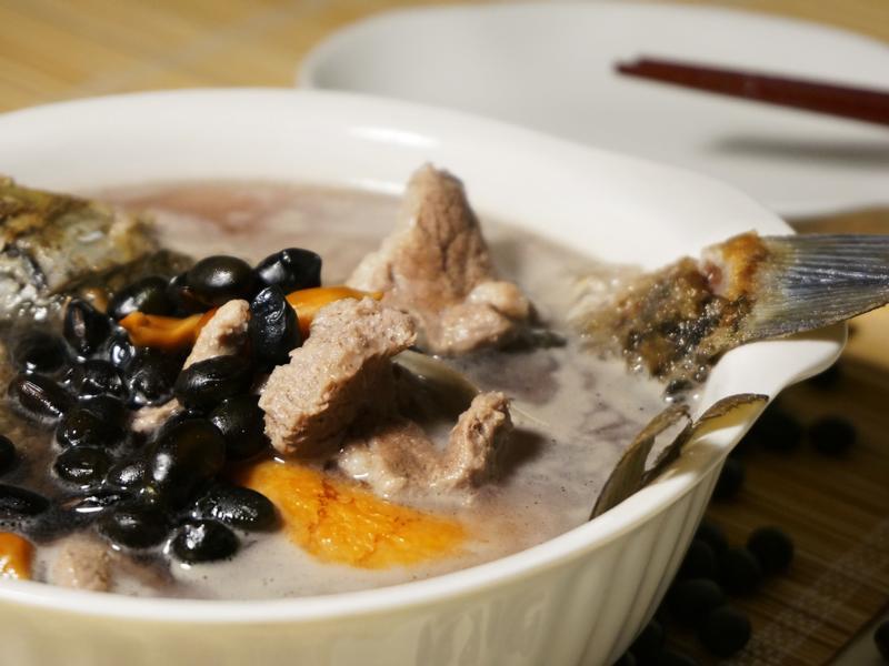 芒種 : 黑豆鯽魚湯