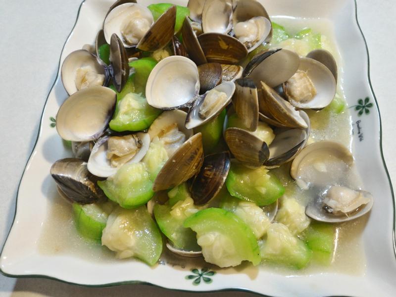夏日開味菜~絲瓜蛤蜊
