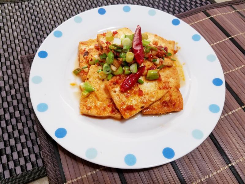 豆瓣醬燒豆腐