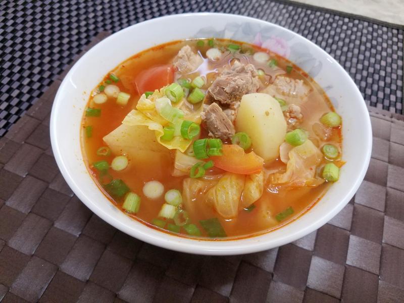 韓式蔬菜排骨湯