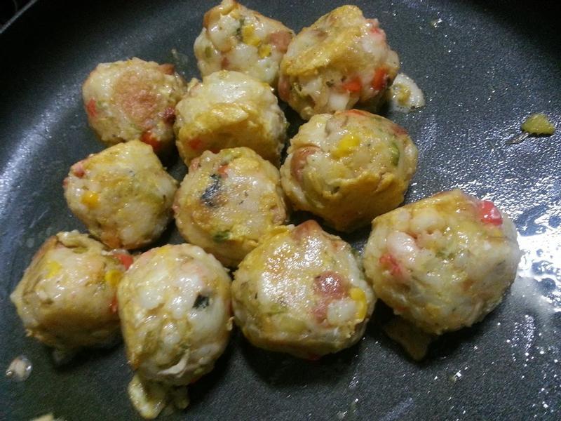 蛋煎飯糰丸子  ~~~^-^ (蛋素)