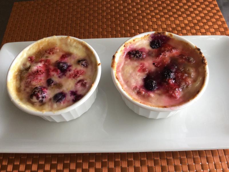 什錦莓果烤布蕾