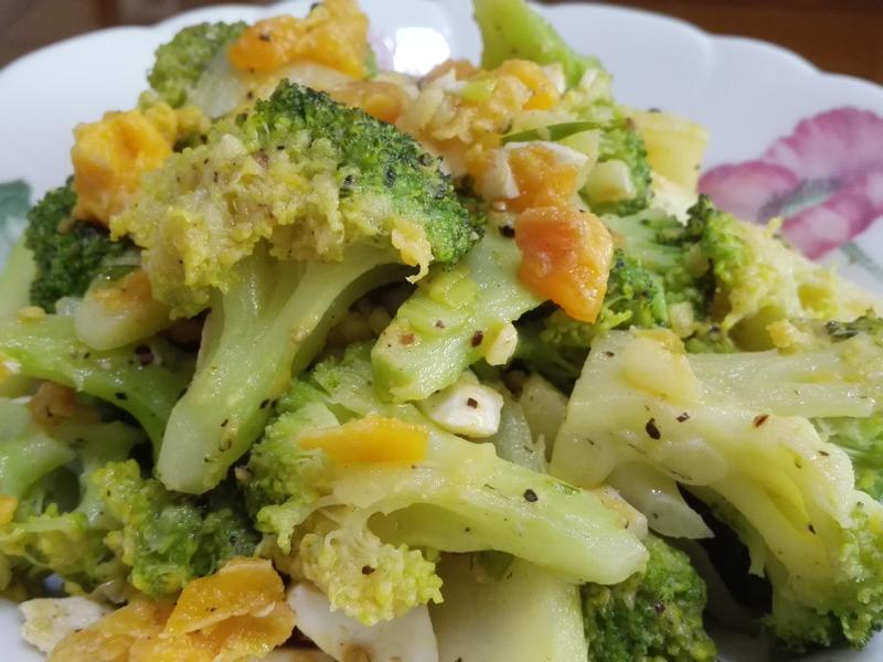 鹹蛋炒青花椰菜
