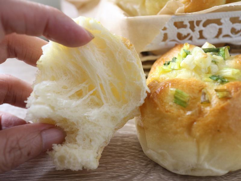蔥香麵包【萬用基礎麵糰】