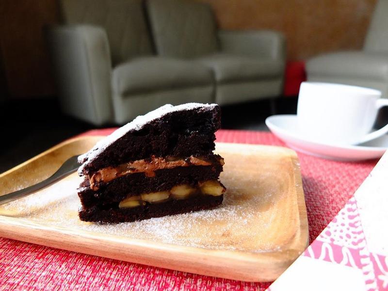 【Tomiz小食堂】巧克力核桃香蕉蛋糕