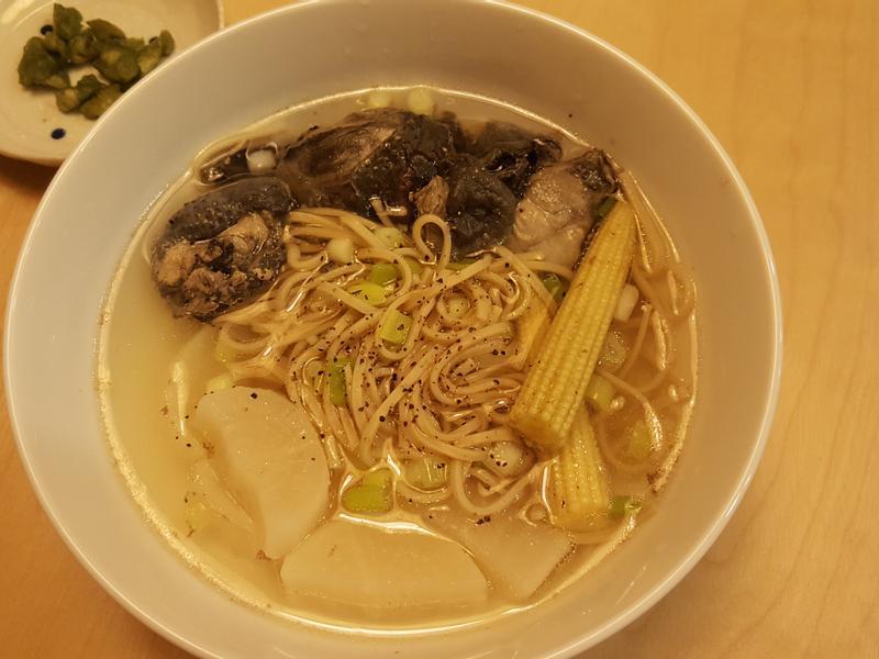烏骨雞蘿蔔湯【飛利浦萬用鍋】