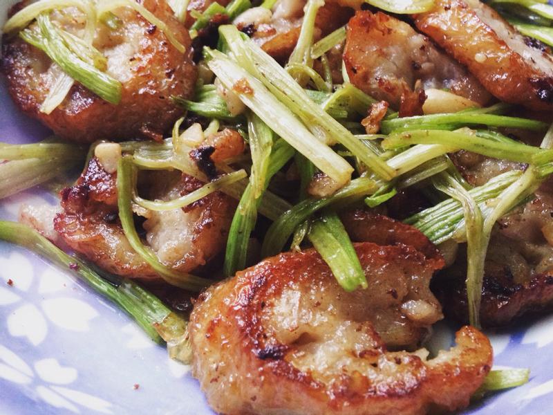 芹菜炒雞捲